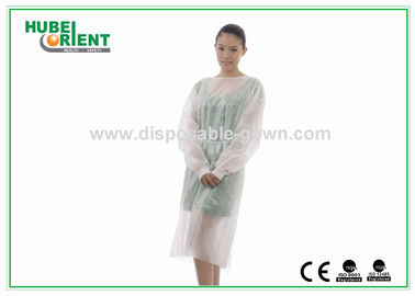China Knitted Wrist PP PE Disposable Isolation Gowns Water Resistant supplier