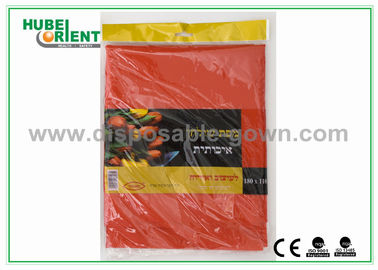China Breathable Polypropylene Disposable Table Cloth / Black And White Tablecloth For Hospital distributor