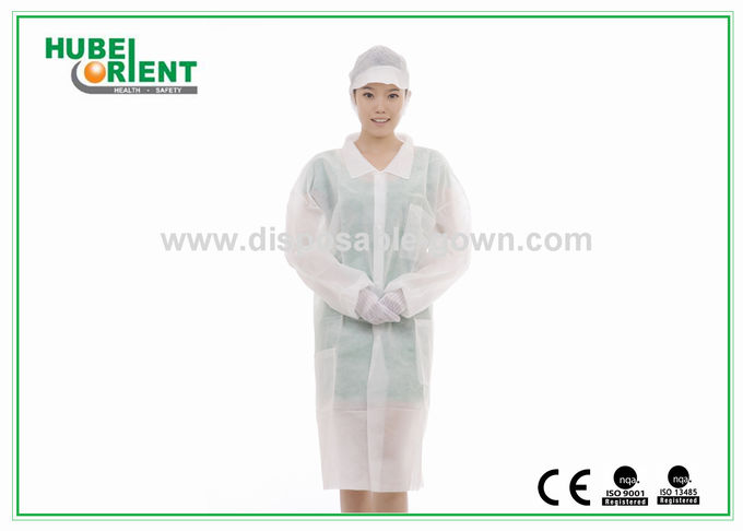Disposable PP Nonwoven medical protective clothing for Hospital Nursing with Snaps